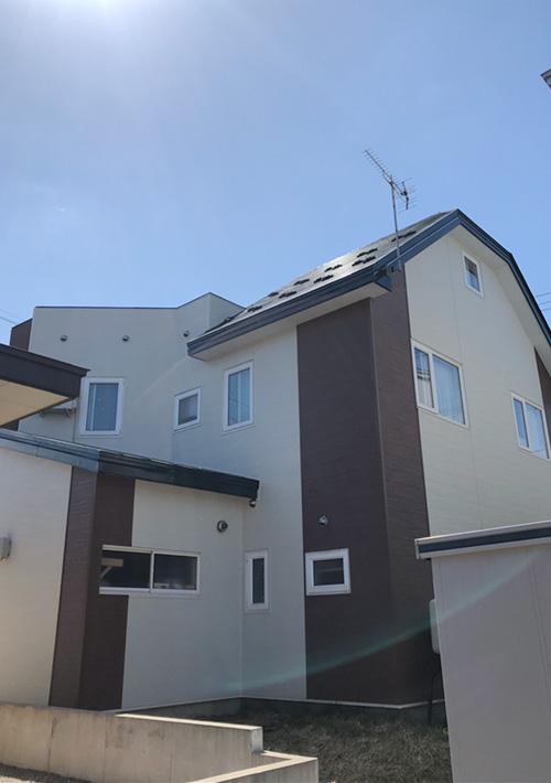 金属サイディング重ね張り 屋根塗装 施工後2